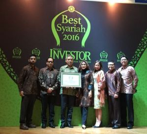 penerimaan-penghargaan-allianz-the-best-syariah-2016